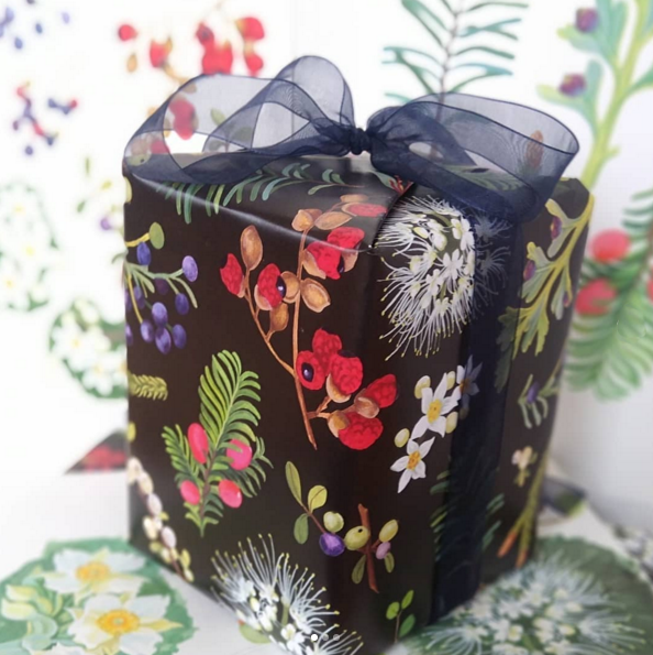 NZ native berries and trees Christmas gift wrap