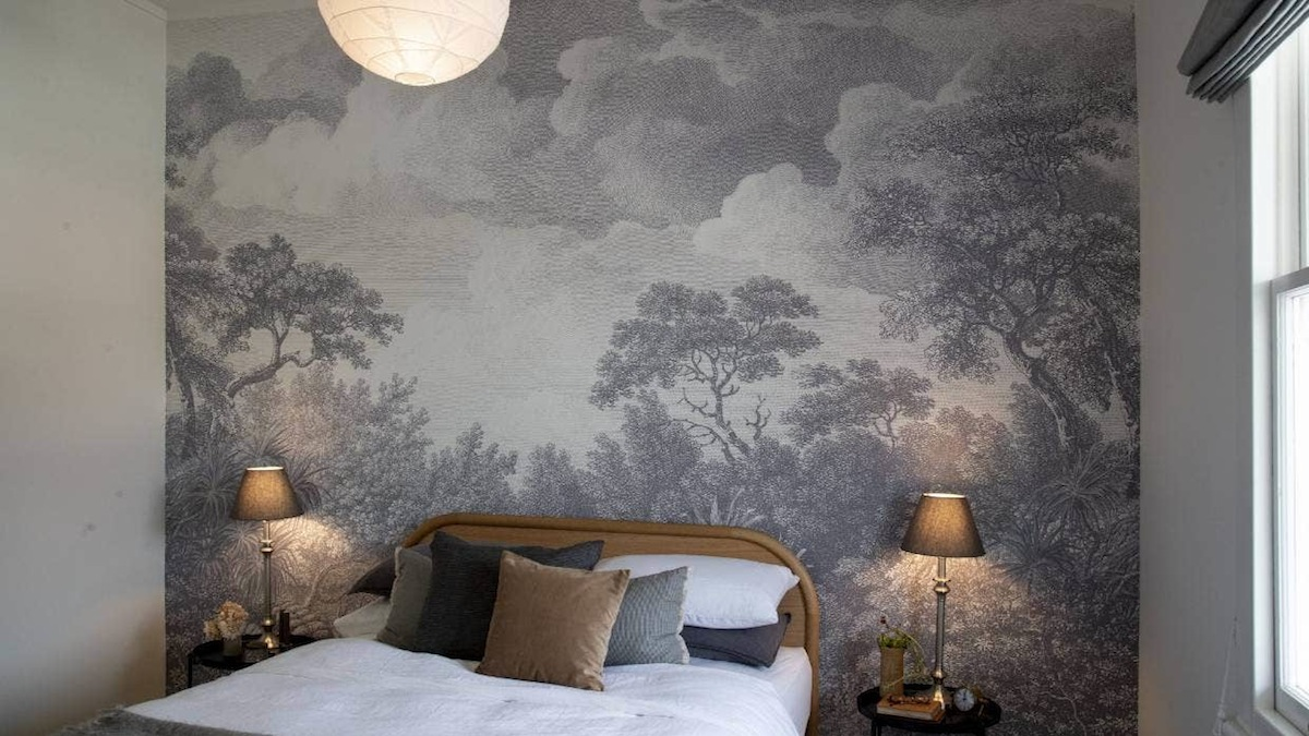 Tanya Wolfkamp Wildscape NZ Bush walpaper mural for Resene Paints and Aspiring Walls
